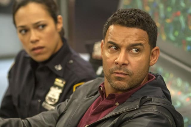 Two Cops On a Train - Castle Season 7 Episode 8