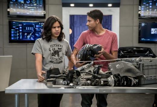 Talk Techy To Me - The Flash Season 4 Episode 2