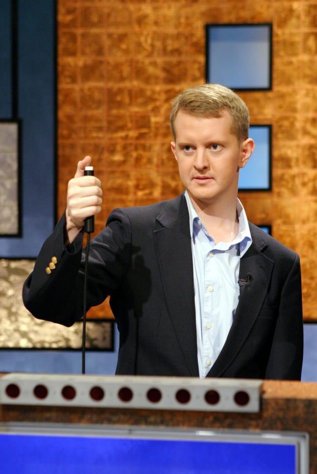 Jeopardy Guest Host Ken Jennings Apologizes for ...