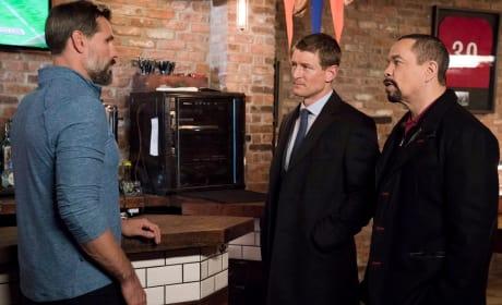Fin and Stone Talk - Law & Order: SVU Season 20 Episode 9