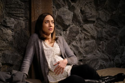 Kelly is in trouble - Supernatural Season 12 Episode 19