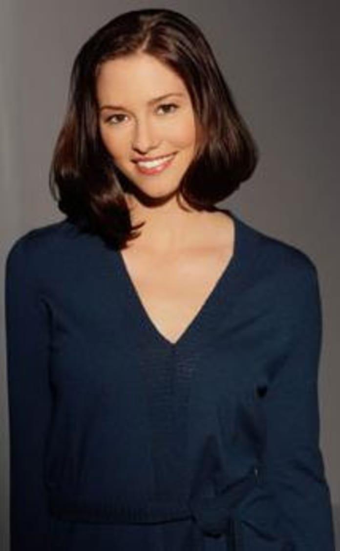 Who Will Lexie Grey Sleep With? - TV Fanatic
