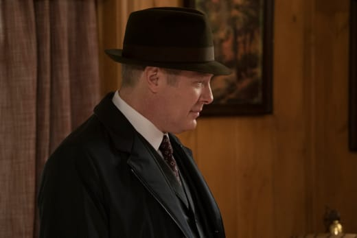 Red gets ready to leave - The Blacklist Season 4 Episode 18