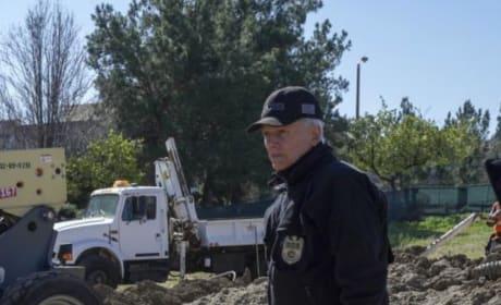 Gibbs Makes a Grisly Discovery - NCIS Season 16 Episode 20