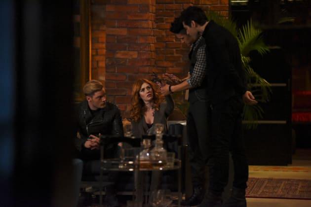 Mysterious Mark - Shadowhunters Season 2 Episode 9