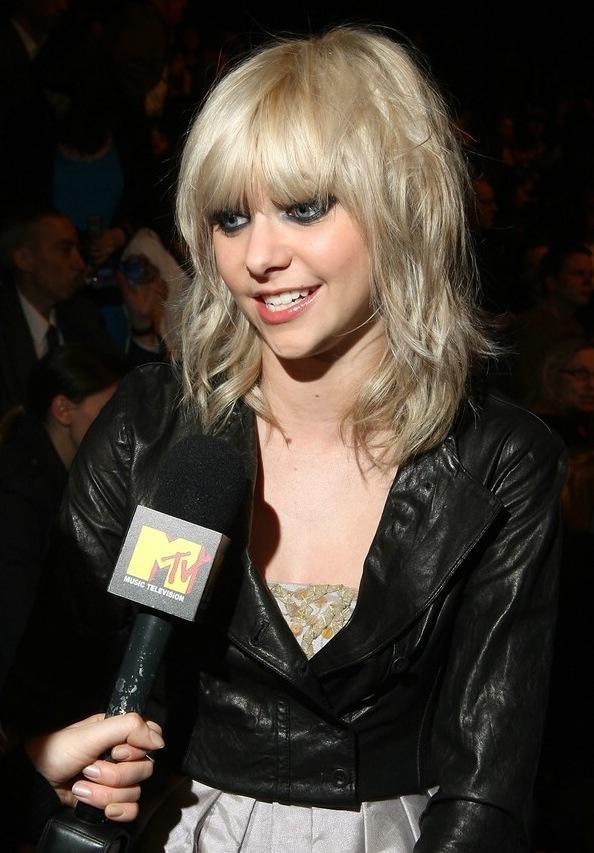 Interviewing Taylor Momsen