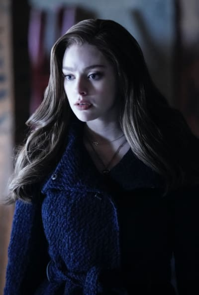 Hope in Trouble - Legacies Season 2 Episode 13