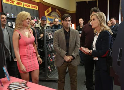 Watch Parks and Recreation Season 5 Episode 16 Online