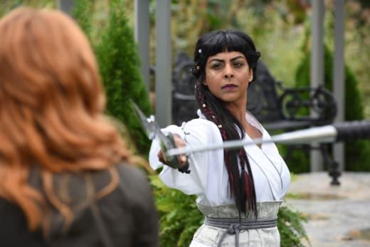 There's No Escape - Shadowhunters Season 2 Episode 6