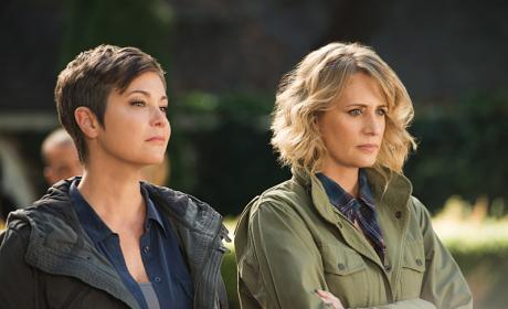Mary and Jody take a moment of silence - Supernatural Season 12 Episode 6