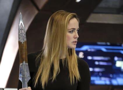 Watch DC's Legends of Tomorrow Season 2 Episode 17 Online