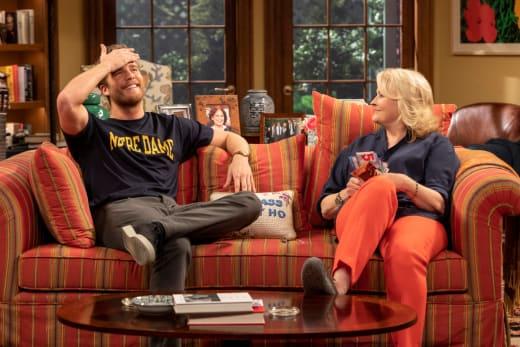 Murphy Confides in Avery - Murphy Brown Season 11 Episode 4