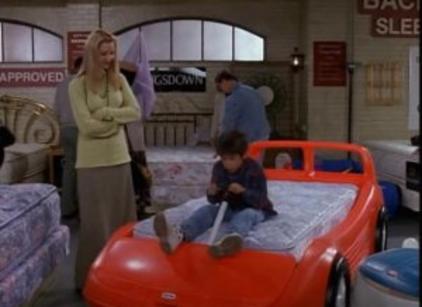 Watch Friends Season 3 Episode 7 Online
