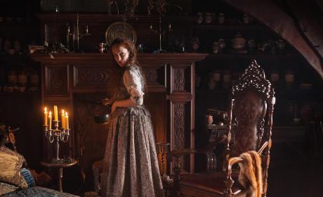 Helping Claire - Outlander Season 1 Episode 3