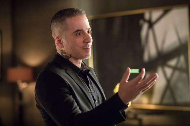 Dragon Up To No Good - Arrow Season 6 Episode 17