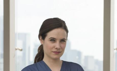 Dr. Mary Harris - Mary Kills People Season 1 Episode 1
