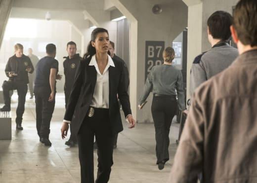 Cortez Rallies - SWAT Season 1 Episode 1