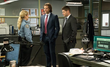 A tour around the police station - Supernatural Season 11 Episode 7