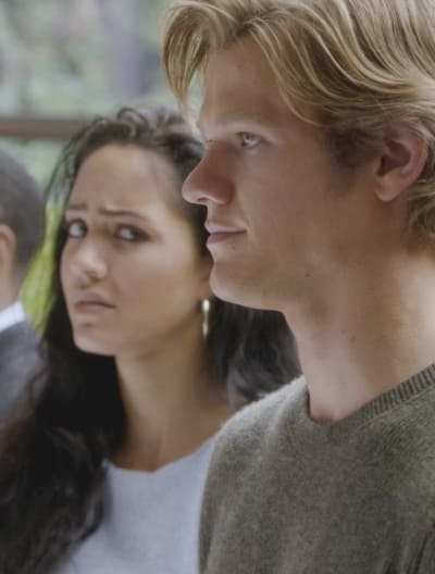 Side Eye - MacGyver Season 1 Episode 12