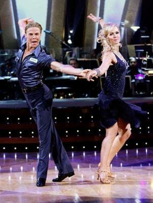 Derek Hough and Jennie Garth