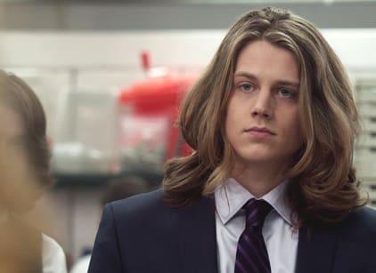 Watch Finding Carter Season 2 Episode 3 Online