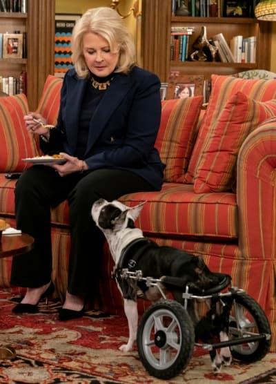 Murphy and Her New Dog - Tall - Murphy Brown Season 11 Episode 11