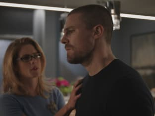 Concentrating On His Marriage - Arrow