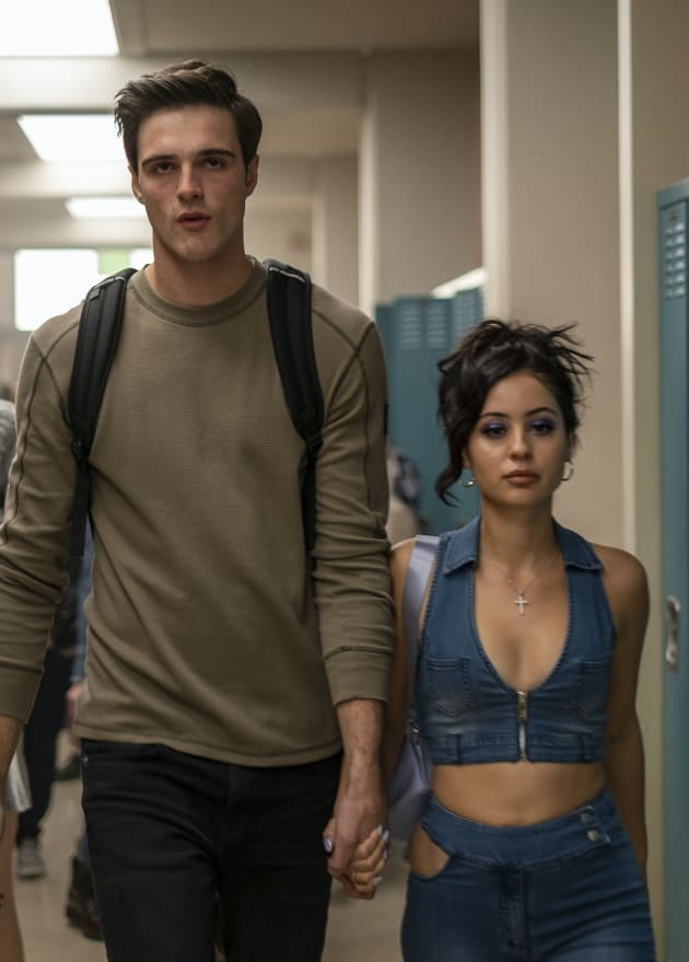 Nate and Maddy in the Hallway - Euphoria Season 1 Episode 3