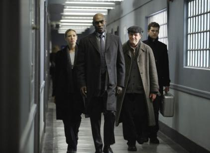 Watch Fringe Season 2 Episode 16 Online