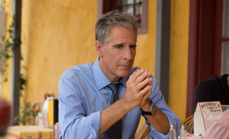 Asking For Help - NCIS: New Orleans
