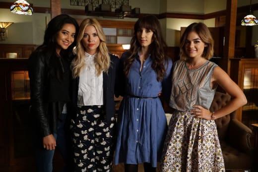 Reunited - Pretty Little Liars Season 6 Episode 12
