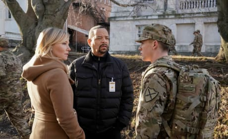 Cutting Through the Red Tape - Law & Order: SVU