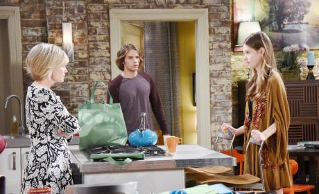 Kayla Confronts Jade - Days of Our Lives