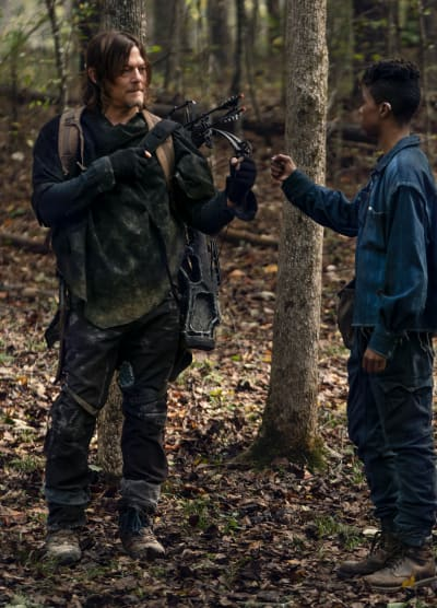 A Tender Moment - The Walking Dead Season 10 Episode 17