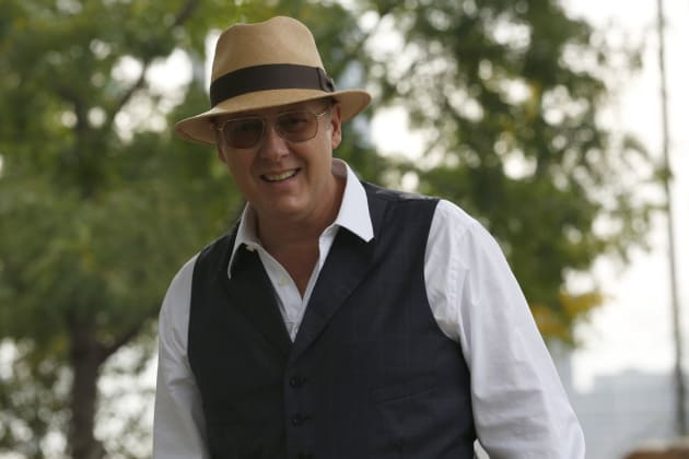 Red Playing Golf - The Blacklist