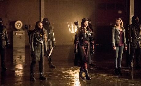 Choosing Sides - Arrow Season 4 Episode 13