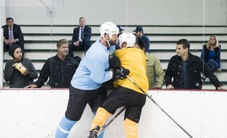 Hockey Trouble - S.W.A.T. Season 1 Episode 5