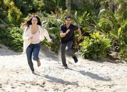 Watch Scorpion Season 3 Episode 25 Online