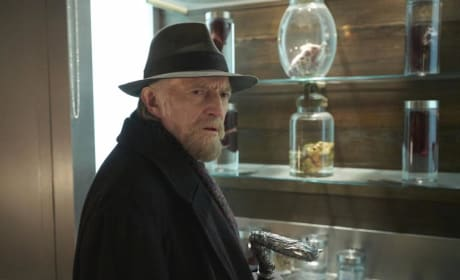 A Last Ditch Effort - The Strain Season 3 Episode 10
