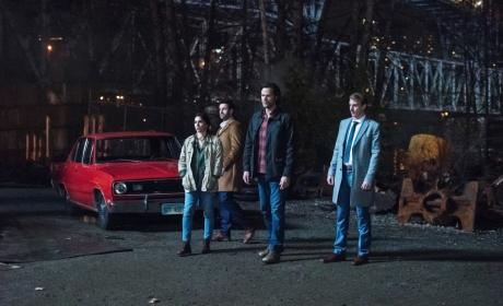 Sam and the others look on - Supernatural Season 12 Episode 17