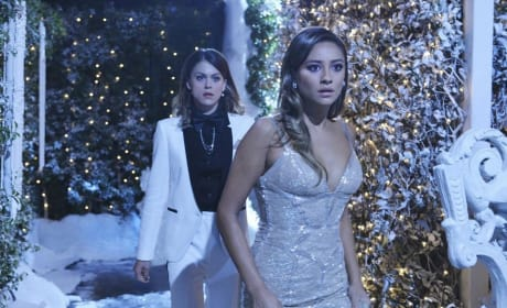 It Looks Urgent - Pretty Little Liars Season 5 Episode 13