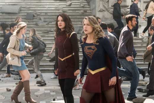 Earthquake - Supergirl Season 3 Episode 23