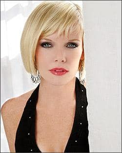 Maura West Pic