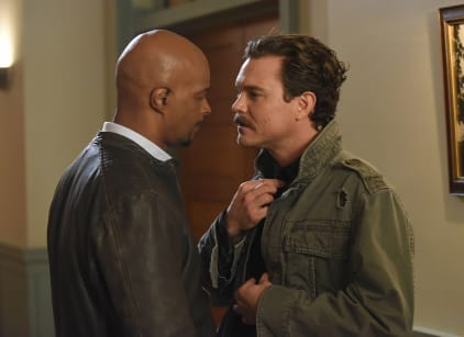 Watch Lethal Weapon Season 1 Episode 12 Online