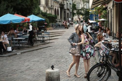 Parisian Smooch