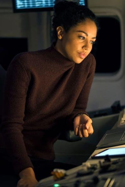 Finola Does Research - Debris Season 1 Episode 1