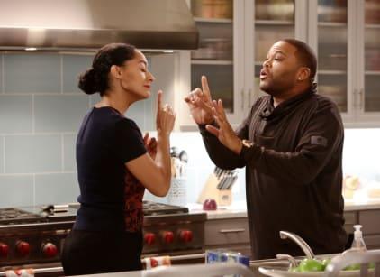 Watch black-ish Season 1 Episode 18 Online