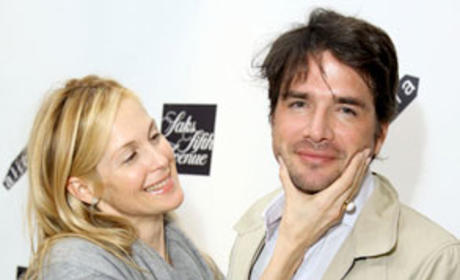 Kelly Rutherford and Matthew Settle Photo