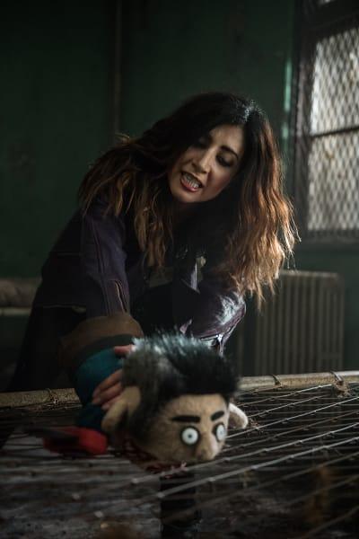 Kelly and Ashy Slashy - Ash vs Evil Dead Season 2 Episode 8