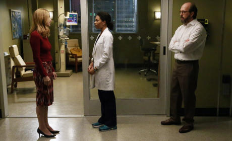 Difficult Conversation - Grey's Anatomy Season 12 Episode 1